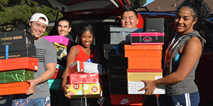 Menlo College Athletics Donates 343 Gift-Filled Shoeboxes to Operation Christmas Child