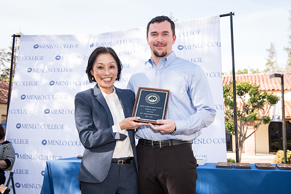 Joshua Szin Receives the 2016 Judge Russell Award
