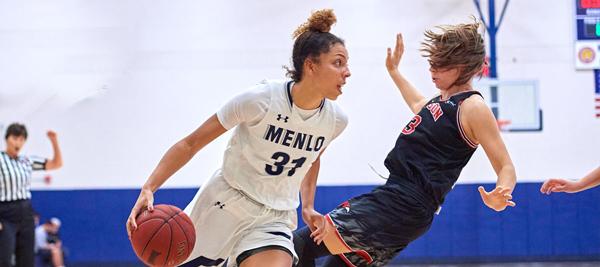 Women's Basketball upsets #1 Vanguard